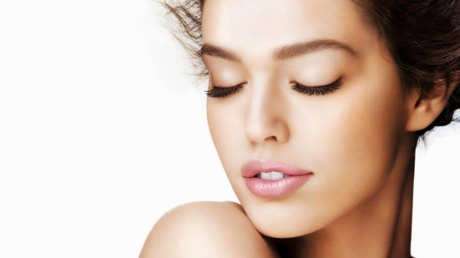 Tratamiento facial regenerador para pieles secas